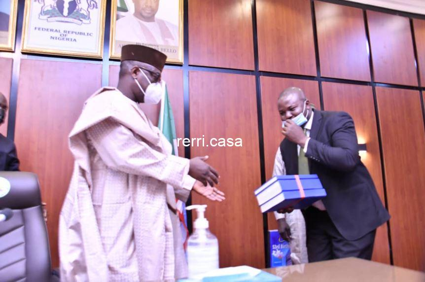 #ENDSARS: GOVERNOR ABUBAKAR SANI BELLO OF NIGER STATE RECEIVES STATE JUDICIAL PANEL OF INQUIRY REPORT